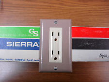 Sierraplex  / Triplex Vintage Switch Outlet Cover Plate 1 Gang Sierra P-9