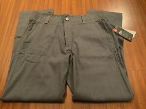 BNWT Under Armour Straight Golf Pants size 34x30.    Box #7