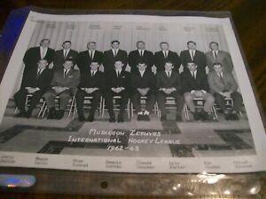 MUSKEGON ZEPHYRS HOCKEY 1962 - 63 ORIGINAL NEGATIVE TEAM MEDIA PHOTO 8 X 10 RARE
