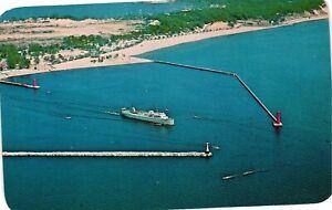 Vintage Postcard - The SS Milwaukee Clipper Ship Boat Muskegon Michigan MI #5511
