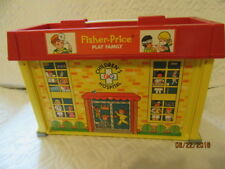 Vintage Fisher Price Little People # 931 Play Family Children's Hospital Set