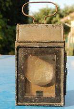 Ancienne lampe à bougie en fer