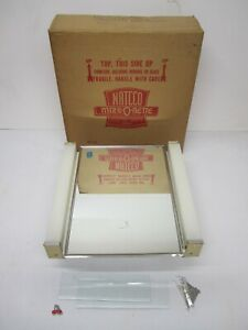 Vtg NOS Bathroom Medicine Cabinet Fluorescent Light Mirror NATCCO Mirr-O-Nette