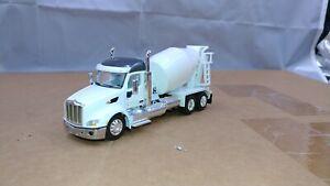 Dcp Custom Peterbilt 579 gunmetal gray/white barrel mixer cement truck 1/64