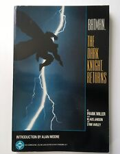 BATMAN THE DARK KNIGHT RETURNS, 1986 Frank Miller, Graphic Novel, DC COMICS