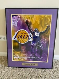 2001 Shaquille O'Neal NBA FINALS autographed framed picture /500 Gold Limited
