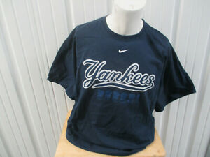 VINTAGE NIKE NEW YORK YANKEES 2XL T-SHIRT 2009 WORLD SERIES CHAMPIONS NWOT