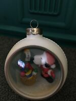 "VINTAGE HALLMARK ""SNOOPY"" PANORAMA BALL KEEPSAKE ORNAMENT 1983"