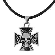 Catene, collane e pendagli da uomo neri a croce in acciaio