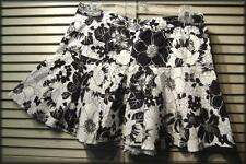 """EXACT CHANGE Black & White Floral Flared Mini Skirt (5) 28"""" waist 14"""" length"""