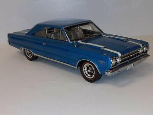 "1:18 ""Highway 61"" 1967 Plymouth Belvedere 'GTX'"