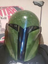 Mandalorian/bounty hunter helmet