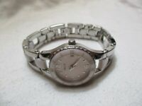 Relic Watch Silver Toned & White Link Band Round Face Date Indicator WR 50M