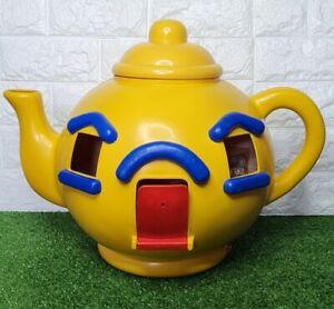 Vintage Bluebird Big Yellow Teapot Doll house Good cond BLUEBIRD 1981 MADE IN UK