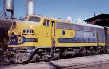 Santa Fe F7 Yellowbonnet diesel locomotive #331 railroad train postcard