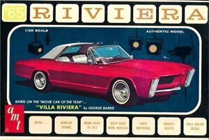 AMT 1121 1/25 1965 Buick Riviera (George Barris) Plastic Model Kit