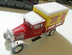 MATCHBOX COLLECTIBLES 1:43 YYM96507 1932 FORD MODEL AA TRUCK ~ COCA COLA