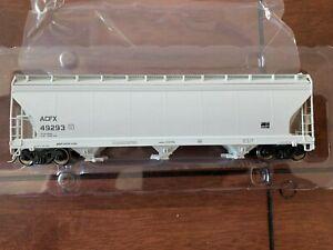 Intermountain HO ACF 4650 Covered Hopper ACFX Gray 49293 2 of 2