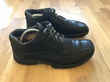 Clarks Leather shoes size 8