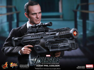AVENGERS~AGENT PHIL COULSON~SIXTH SCALE FIGURE~EXCLUSIVE~MMS189~HOT TOYS~MIBS