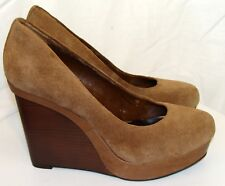 BCBG MAXAZRIA TAN SUEDE WEDGE PLATFORM SHOES SIZE 9B  C111