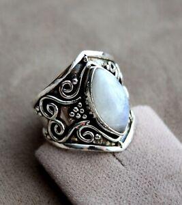 Sehr schöner Mondstein Ring, 3,0ct,  Sterlingsilber/925, Größe 60 (19,1 mm Ø)