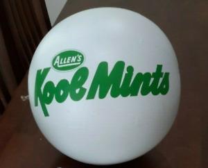 VINTAGE 1979 ALLEN'S KOOL MINTS BEACH BALL MILK BAR LOLLIES ADVERTISING PROMO