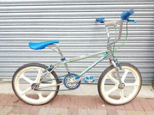 OLD SCHOOL 1st GEN HARO FREESTYLER BICYCLE NICE SURVIVOR CONDITION