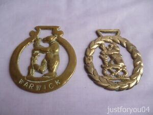 Two Vintage Solid Horse Brass Warwick Bear With Ragged Staff Laurels Design