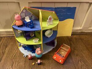 Peppa Pig Open house, home + Furniture + Peppa Figures + Car -lots Peppa Listed-