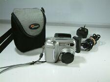 Nikon COOLPIX 885 3.2MP Digital Camera - Silver + Bag, battery and Charger