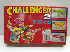 1989 Vintage Challenger 2 Shacking Machine Gun Battery Operated Toy Taiwan Mib