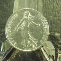 CIRCULATED 1974 1/2 FRANC FRENCH COIN (101718)1.....FREE DOMESTIC SHIPPING