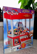 The Claw –As Seen On TV Candy Grabber Mini Claw Machine NEW IN BOX Fair Carnival