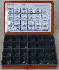 INSULATED TERMINAL ASSORTMENT (sizes 22-18, 16-14, & 12-10) 423 pieces with case