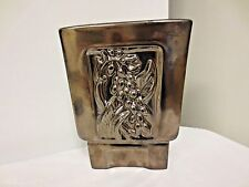 Red Wing USA B2001 Metallic Glaze Footed Vase-Lime Interior-Shell Ginger-Tropica