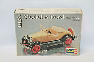 REVELL H-1257 1929 FORD MODEL A ROADSTER - 1978 - 1:48