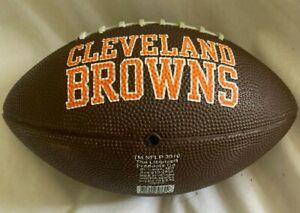 "8""  Cleveland Browns  Mini Football  *  w/ Browns Logo & Helmet  *  NEW"