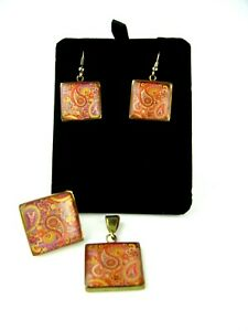 VINTAGE PAISLEY GLASS & BRASS PENDANT RING & EARRING SET WOW!