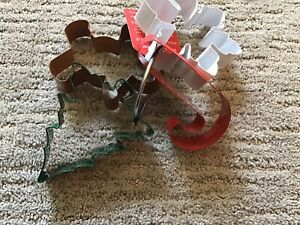 Williams Sonoma Christmas Holiday Cookie Cutters Set of 4 Candy cane Snowflake +
