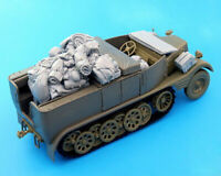 1/35 Resin Stowage for WWII German Sdkfz.11 Half-track Unpainted QJ094