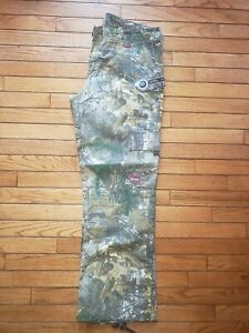 NWT Women's Berne Field Outdoor Realtree Camo Cargo Pants Size 14