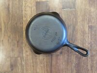 Vintage Griswold #3 Cast Iron Skillet With Small Block Logo - Model 709 M