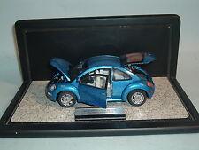 2000 VOLKSWAGEN BEETLE BLUE LE 1046/7500 FRANKLIN MINT 1:24 DIECAST & DISPLAY