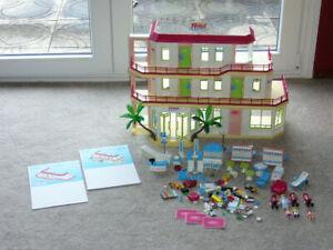 playmobil Sommer Fun 5265 großes Ferienhotel mit Zusatzetage 5269 Bungalow