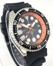 Seiko Diver Watch 7002 Quartz - Black dial - Orange hands - 1149