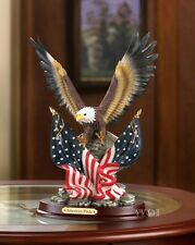 Wildlife American Pride Bald Eagle USA Flag Figurine Patriot Statue Sculpture