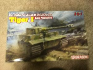 dragon brand  Tiger I  late production tank model    1/35 scale