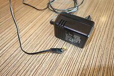 Sharp Netzstecker 4,5 v 800 mA Minidisc Cd MC   4mm Stecker Rundli