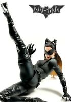 THE DARK KNIGHT  PLAY ARTS ACTION FIGURE KAI - No 03  CATWOMAN - SQUARE ENIX